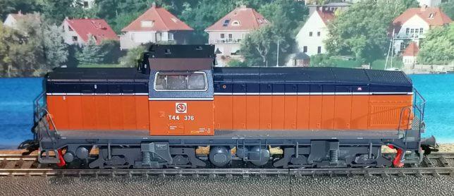 T44 376 SJ